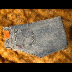 Levi's Mid-Rise Jean, Size 28.